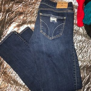Hollister Distressed Dark Wash Skinny Jeans Sz 27